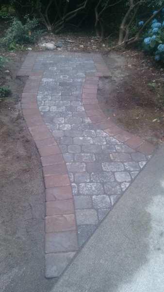 Hardsacpe Contractor - Sidewalk